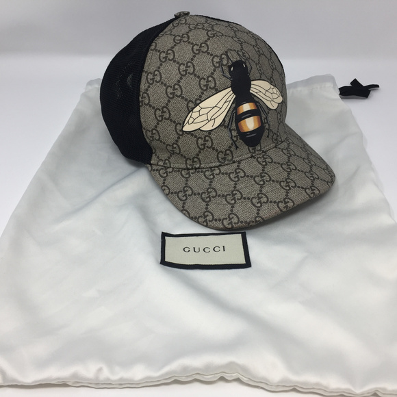 Gucci Accessories - GUCCI GG Supreme BEE Design Baseball Hat 60 XL 50e2fafdc2a5